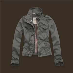 HOLLISTER TWILL JACKET GREY! Size M!!